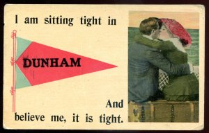 dc662 - DUNHAM Quebec Postcard 1910s Pennant. Romantic Couple