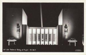 RP: New York World´s Fair 1930s ; Federal Bldg. at Night