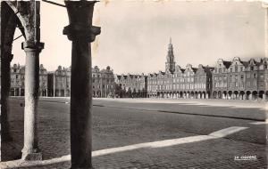 BR39268 Arras la grande place france