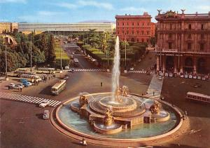 Italy Roma Esedra Square Piazza Fountain Vintage Cars Voitures Busses