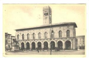 RP; BOLOGNA, Piazza Vittorio Emanuele II e Palazzo Podesta, Emilia-Romagna, I...