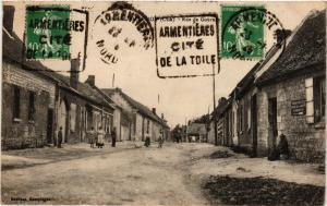 CPA La NEUVILLE-ROY - Rue de GOURNAY (259505)