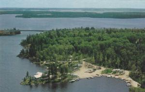 Bear Pass Trading Post & Motel, Rainy Lake , FORT FRANCES , Ontario , Canada ...