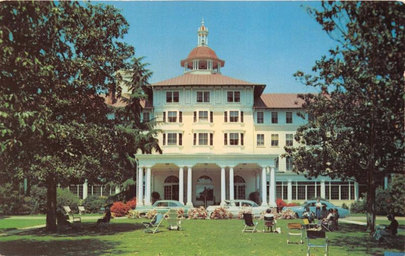 PINEHURST NORTH CAROLINA~CAROLINA HOTEL~SOUTH'S FINEST & EXCLUSIVE POSTCARD 1950