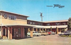 Vallejo TN TraveLodge Motel Clock Old Cars Postcard