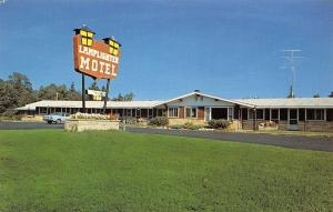 Marquette Michigan~Lamplighter Motel~Free Television~Dial Telephones 1950s