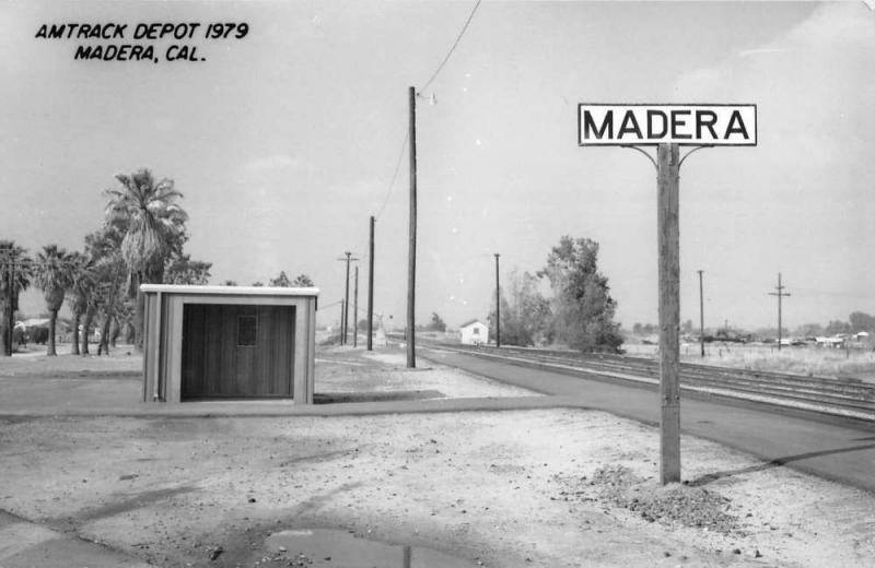 Madera California Amtrack Depot Real Photo Vintage Postcard K103793