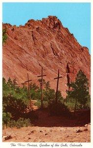 US    PC4152  THE THREE CROSSES,  GARDEN OF THE GODS, COLORADO