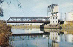 California Stockton Shows The Washington Street Bridge