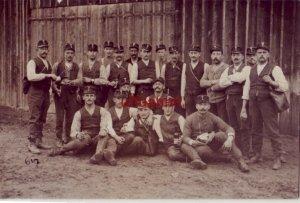 BERN SWITZERLAND GROUP PHOTO OF MEN J KELLER PHOTO-ATELIER WERTE SCHWAGERIN 1912
