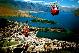 New Zealand - Queenstown, Otago (Aerial Lift)