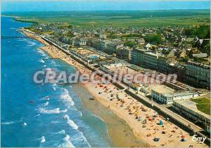 Postcard Modern Luc sur Mer (Calvados) General Aerial View of the Waterfront