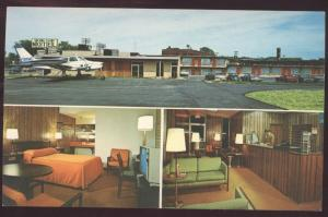 DETROIT MICHIGAN Aero Inn Postcard Motel Airport Interior Airplane Postcard