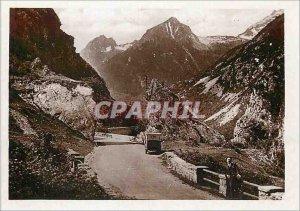 Postcard Modern Luz Road has Gavarnie Porte d'Espagne