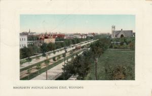 WINNIPEG , Manitoba, 1909 ; Broadway Avenue Looking East