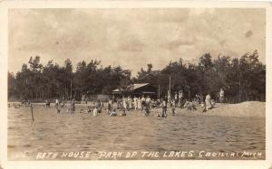 F35/ Cadillac Michigan RPPC Postcard c1920s Bath House Park of the Lakes
