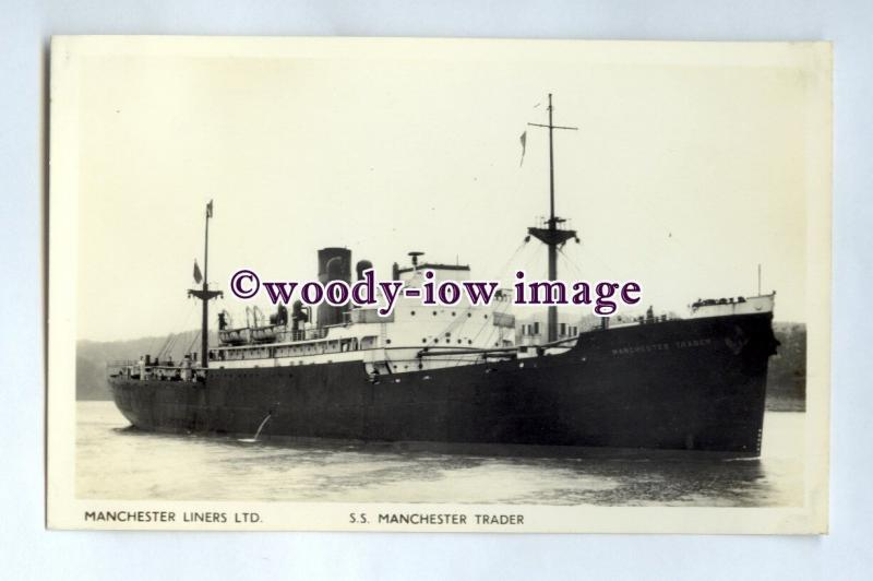 pf0142 - Manchester Liners Cargo Ship - Manchester Trader built 1941 - postcard