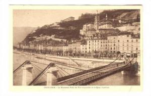 Grenoble , France, 00-10s Le Nouveau Pont de Fer suspendu et le Quai Perriere