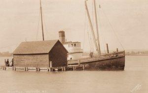 RP: WOLFVILLE, Nova Scotia, Canada, 00-10s; Ship Prince Albert at Hightide