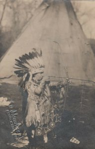 RP: Indian with Bow , PENDLETON , Oregon , 1919 ; Autographed