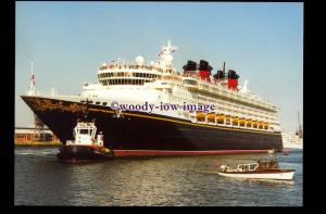 SIM0370 - Disney Cruises Liner - Disney Wonder , built 1999 - postcard