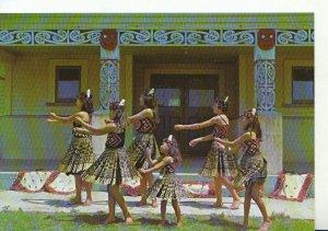 New Zealand Postcard - Maori Action Song - Ref 20527A