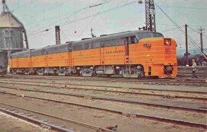 New Haven 0412 Railroad Train New Haven Connecticut  postcard