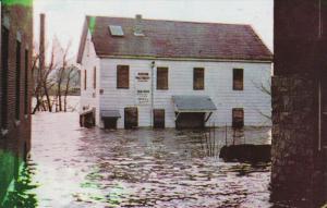 Auburn Machinery Company , Great Flood of 1987 , Auburn , Maine