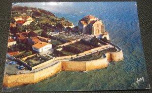 France Talmont A Droite l'Eglise Romane - posted 1975
