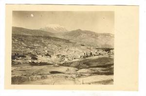 RP: La Paz , Bolivia , 00-10s ; Bird´s eye view with Mt. Illimani in distance