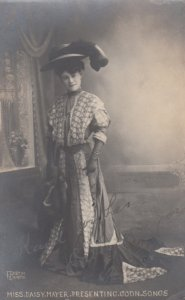 COON Song Singer Miss Daisy Mayer , 1910s