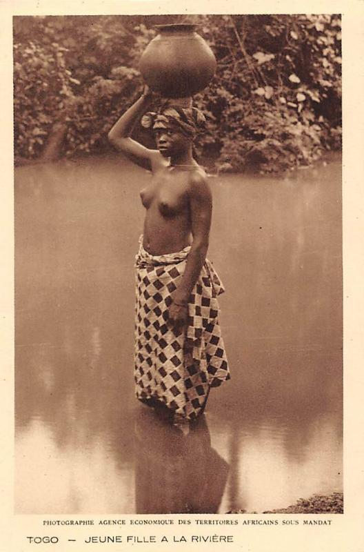 Togo - Jeune Fille a la Riviere, Young Woman Lady in Water with Pot