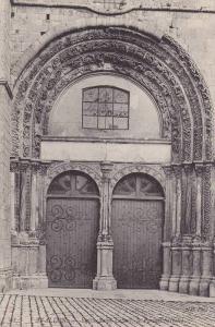 Eglise Saint Lazare, Le Portail (Detail), Avallon (Yonne), France, 1900-1910s