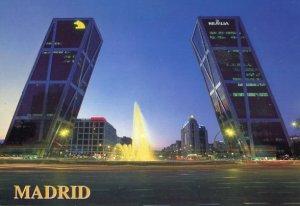 SPAIN: PLAZA CASTILLA (MADRID)