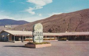 The Desert Motel, Cache Creek, B.C.,  Canada,  40-60s