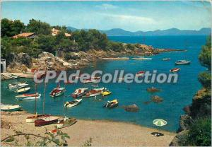 Modern Postcard The French Riviera Les Issambres (Var) cove Grand Ferreil