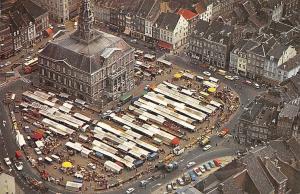 Netherlands Maastricht Holland Luchtopname Markt met Stadhuis Auto Cars