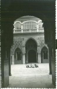 Spain, Sevilla, Alcazar Patio de las Doncellas unused Pos...