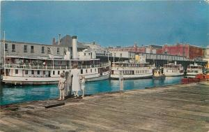 ME, Casco Cay, Maine, Steamers, Colourpicture No. P3732