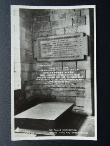 London CHRISTOPHER WREN'S TOMB St.Paul's Cathedral - Old RP Postcard by Vectis