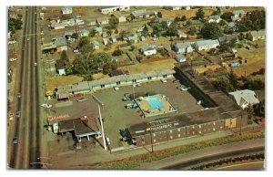 1950s/60s Thunderbird Inn, Roseburg, OR Postcard *6L(2)17