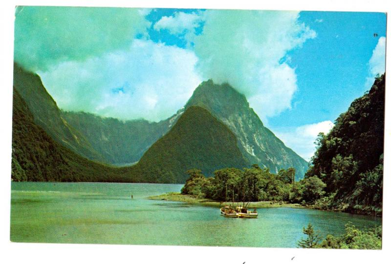 Pan Am - New Zealand, Milford Sound