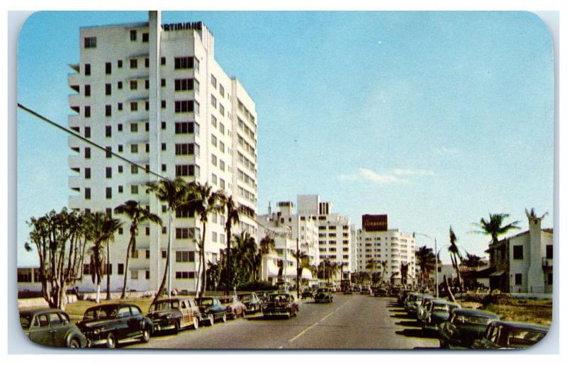 1950s Miami Beach Fl Collins Ave Martinique And Delmonica Hotels Postcard