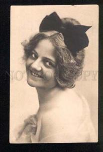 3047271 Semi-Nude Lady w/ Bow in Hair vintage PHOTO