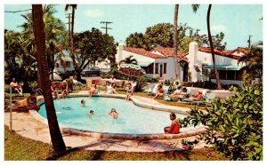 Florida  Riviera Beach ,  Spanish Courts Cottages , Poolside