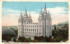 Salt Lake City, Utah, UT, Mormon Temple, White Border Vintage Postcard g9245