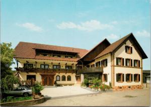 Gasthaus Zum Russel Lichtenau Germany UNUSED Postcard D59