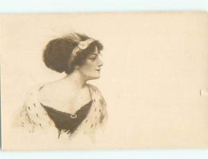 Divided-Back PRETTY WOMAN Risque Interest Postcard AA7958