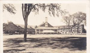 RP: Log Chateau , Seigniory Club , Quebec , Canada , PU-1940