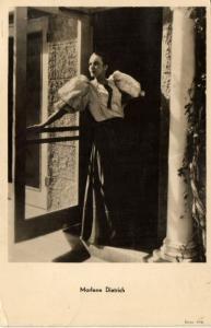 Marlene Dietrich en Cary Grant  CPA Artiste Cinema Film Star (113699)